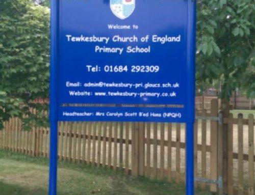 Premium Post Mounted – Tewksbury